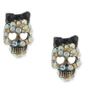 NWT Betsey Johnson Skull Crystal Stud Earrings